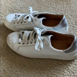 UGG Milo White Leather Sneaker Shoes Size 8.5